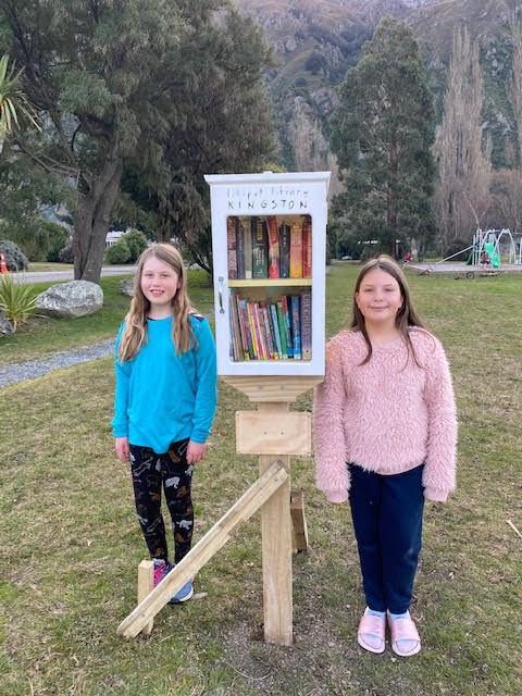 Kingston Lilliput Library